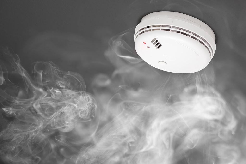 czujka dymu; systemy przeciwpożarowe
