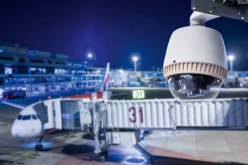 Kamera CCTV na lotnisku